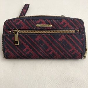 Travelon zip around wallet/wristlet